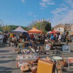 アヴィニョン郊外で毎週行われている巨大ブロカント(蚤の市)
